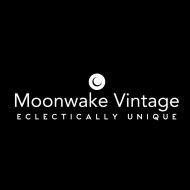 Moonwake 🌙 Vintage